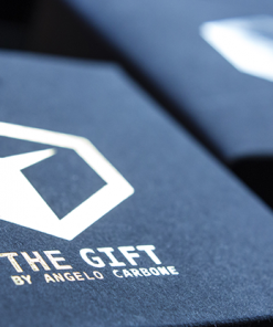 The Gift Black (Gimmick and Online Instructions) by Angelo Carbone - Trick