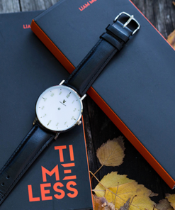 Timeless Deluxe Midnight Black (Gimmicks and Online Instructions) by Liam Montier and Vanishing Inc - Trick