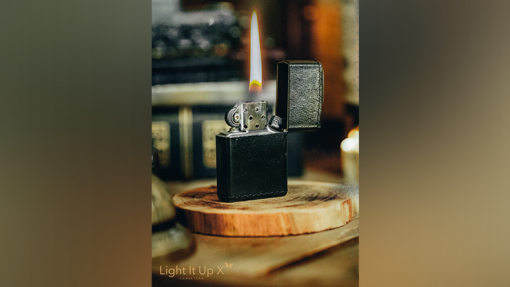 Limited Edition Light It Up X Alligator Black (Gimmicks